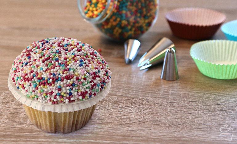 {Cupcake Monday} Funfetti