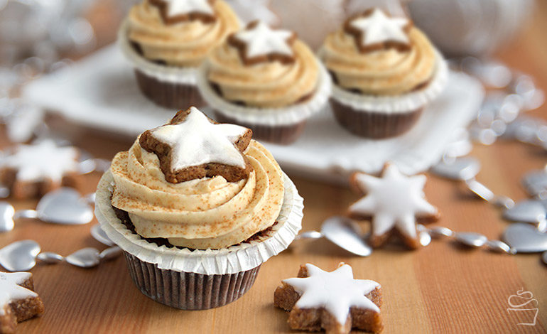 {Cupcake Monday} Santa's Delight