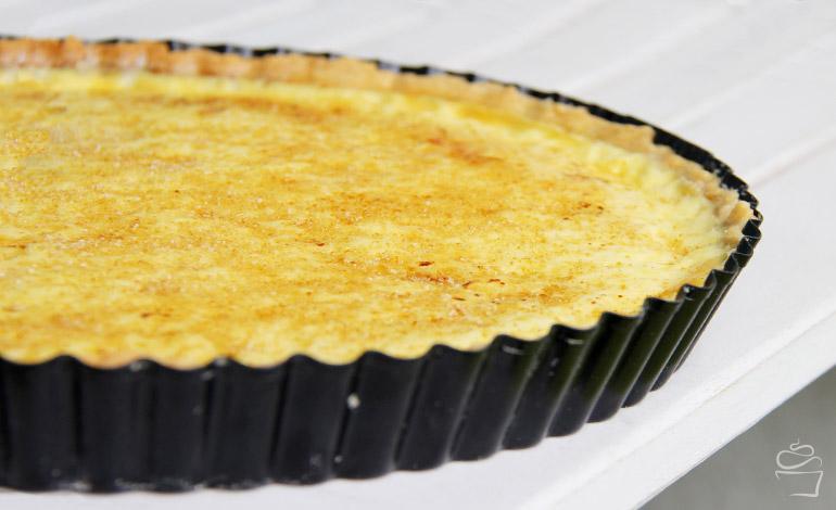 Crème brûlée Tarte mit Sommerfrüchten
