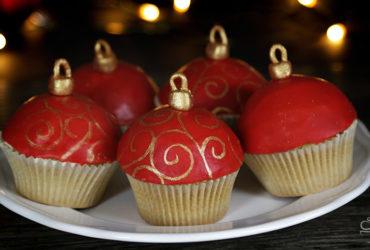 Christbaumkugel Cupcakes <br> {Meine Backbox}