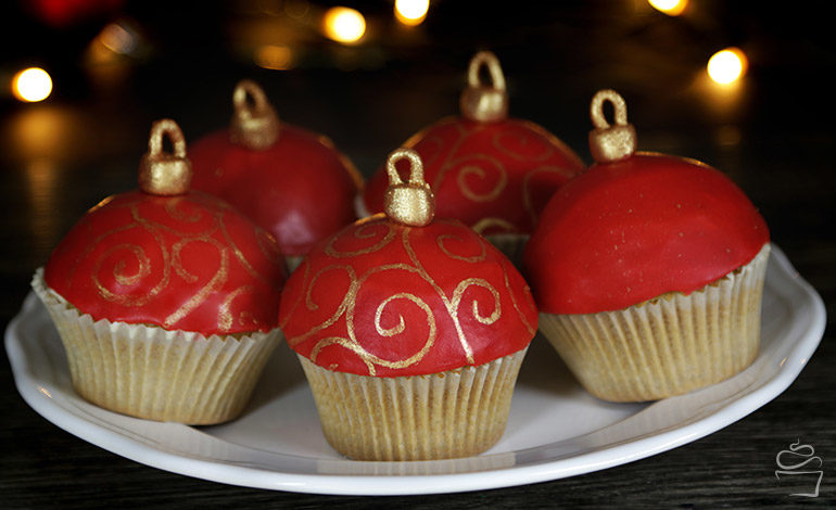 Christbaumkugel Cupcakes <br> {Meine Backbox}
