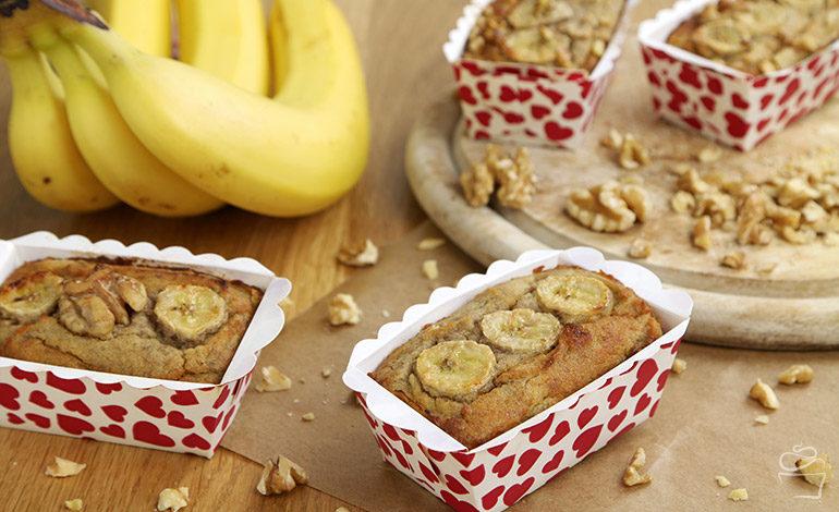 Bananenbrot mit Kokosmehl zum Valentinstag <br> {Meine Backbox}